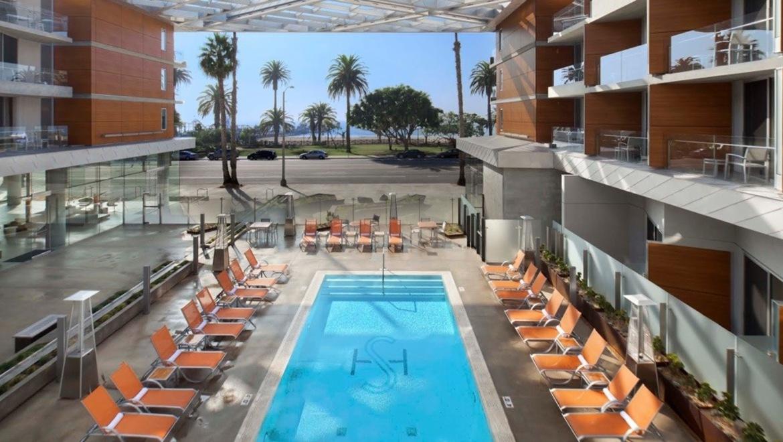 Full 11 shore hotel